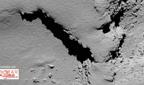 Silence, hugs, and applause as Rosetta's 12-year mission ends with landing on comet | Science | WAU