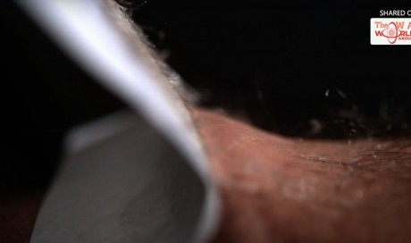 Watch This Video Before You Wax Your Legs. You Will Never Do It AGAIN!
