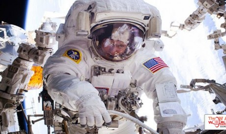Record-breaking NASA astronaut coming back to Earth