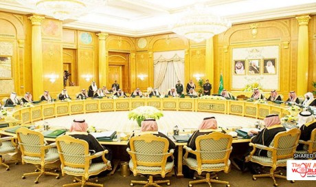 Saudi Cabinet lauds king's orders on easing citizens' living conditions
