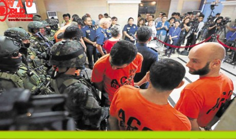 8 Israelis among 500 held for online fraud in Philippines