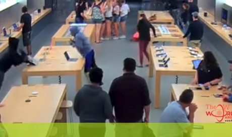 Grand theft Apple: Robbers snatch $27,000 worth of electronics in seconds [VIDEO]