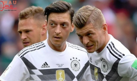 Ozil resignation not in order, says Germany's Kroos