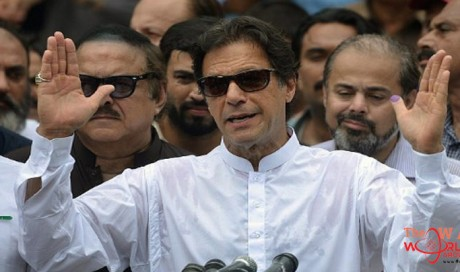 Imran Khan confirmed as Pakistan prime minister