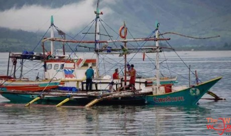 Five men and the sea: Huge marlin sinks Filipino fishing boat