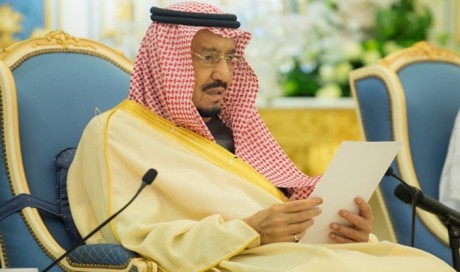 Custodian of the Two Holy Mosques Receives Guests of the National Festival of Heritage and Culture