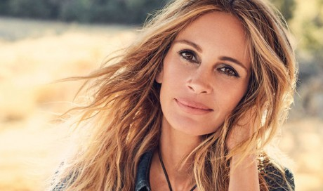Julia Roberts pays $100,000 for 2022 World Cup tickets