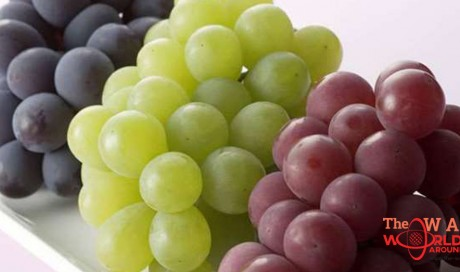 Health Ministry warns against eating grapes from Peru