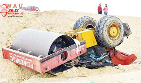 Asian dies in bulldozer flipover