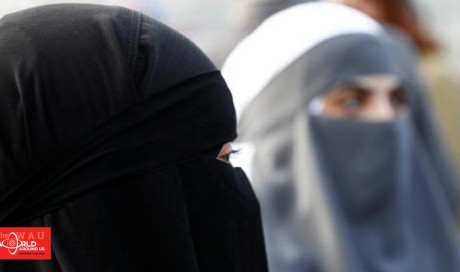 Sri Lanka bans Face coverings burqas for 'public protection' after ISIS bomb attacks