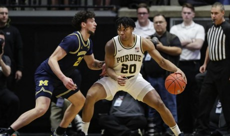 BREAKING: Purdue transfer commits to Michigan basketball